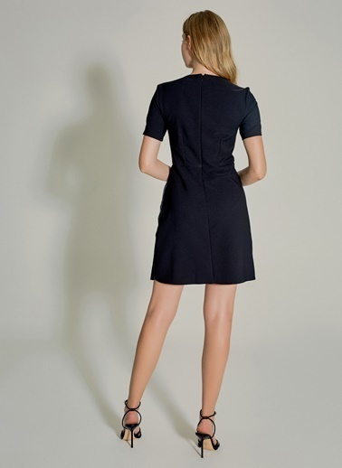 NGSTYLE Pilise Detaylı Kruvaze Mini Elbise Siyah